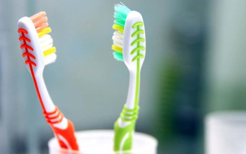Reasons Why You Shouldn't Share a Toothbrush